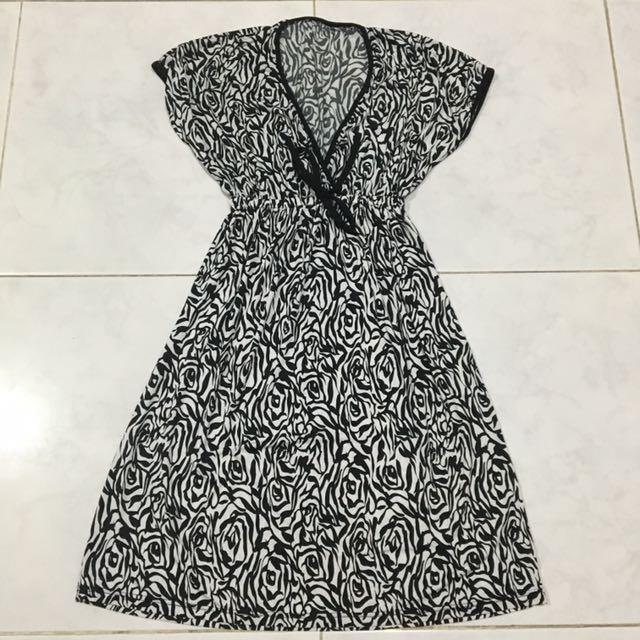 (NEW) Dress abstack