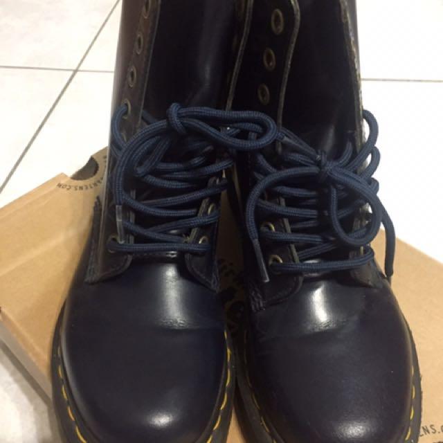 Dr.Martens 深藍 馬丁 8孔 女鞋