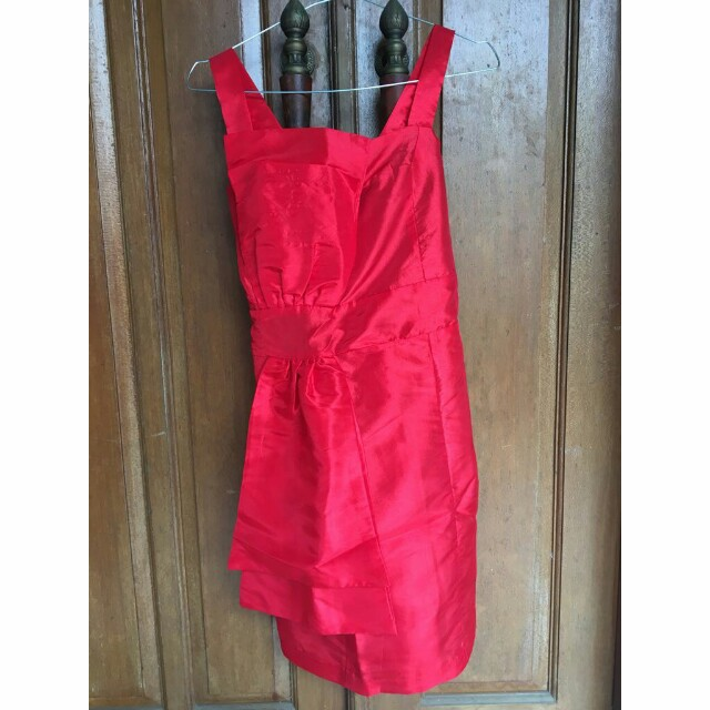 Glamour Red Mini Dress