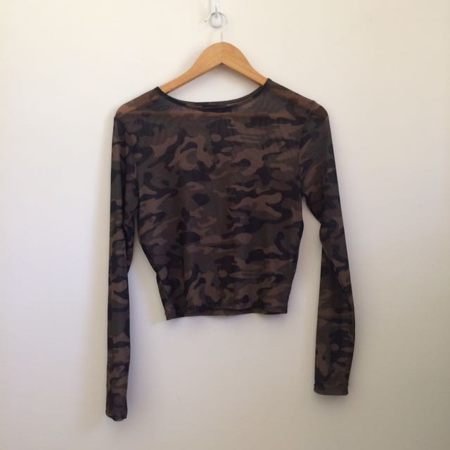Green camo mesh long sleeve top