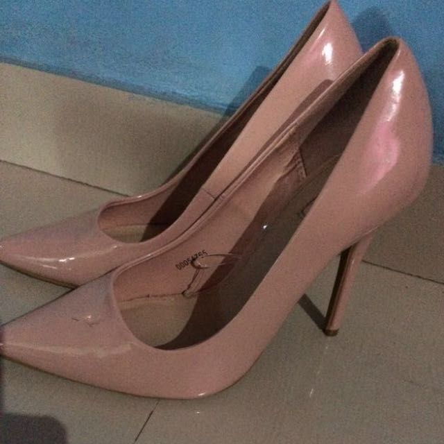 Heels nude by Forever 21