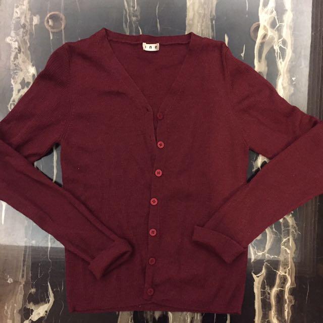 日牌ine酒紅暗紅針織薄外套罩衫