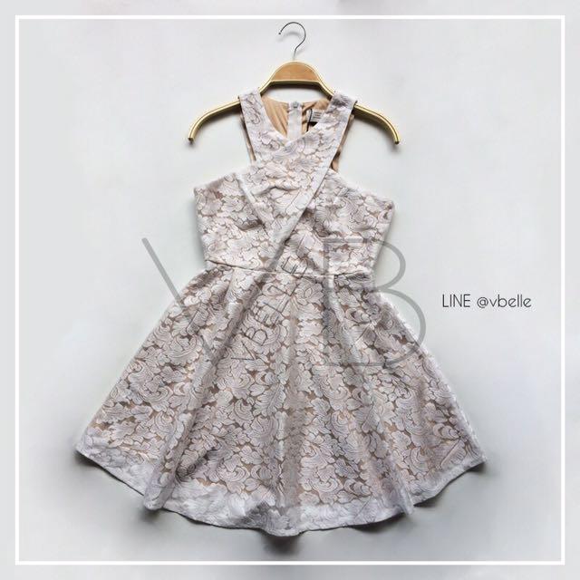 Liane lace cross dress