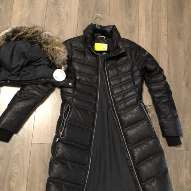 Lolë Katie L Edition Jacket (brand new)
