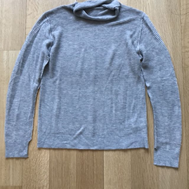 Mendocino x John and Jen Light Weight Turtle Neck