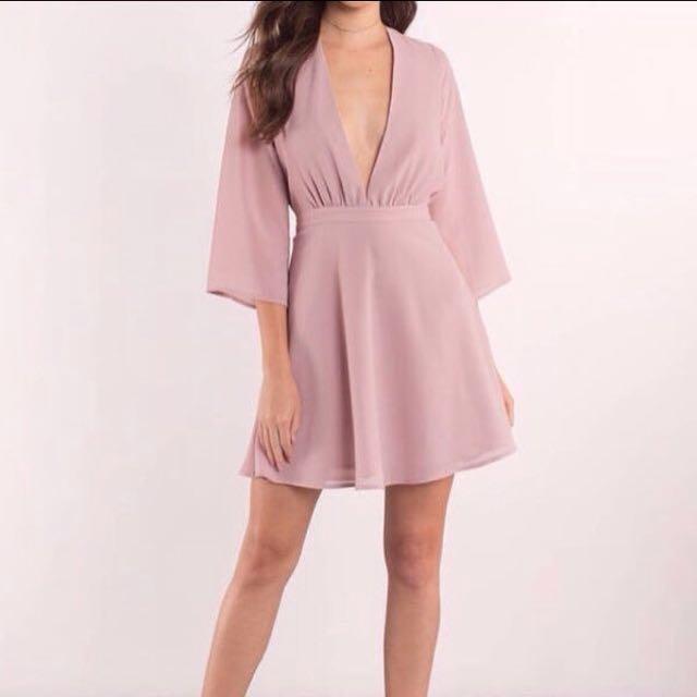 New tobi blush rose dress