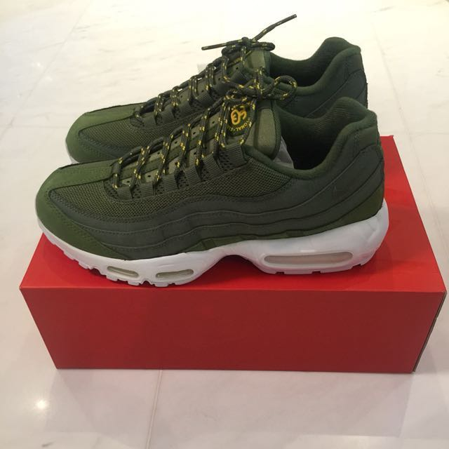 timeless design a3692 4847d Nike x stussy air max 95 olive us 8.5 brand new rare, Men s Fashion,  Footwear, Sneakers on Carousell