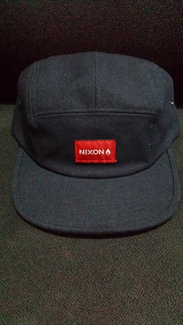 b50546ae1a6 nixon tide 5 panel hat