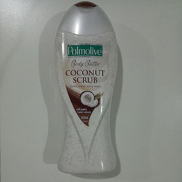 Palmolive Coconut Scrub