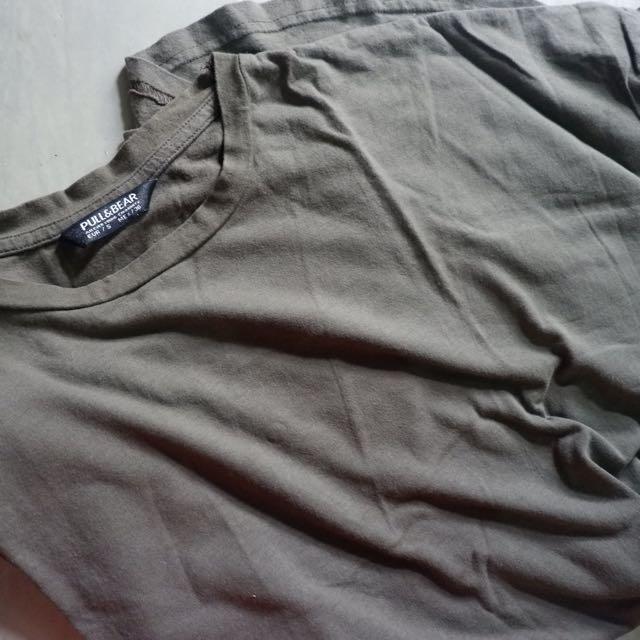 Plain tshirt pull&bear (kaos pendek p&b)