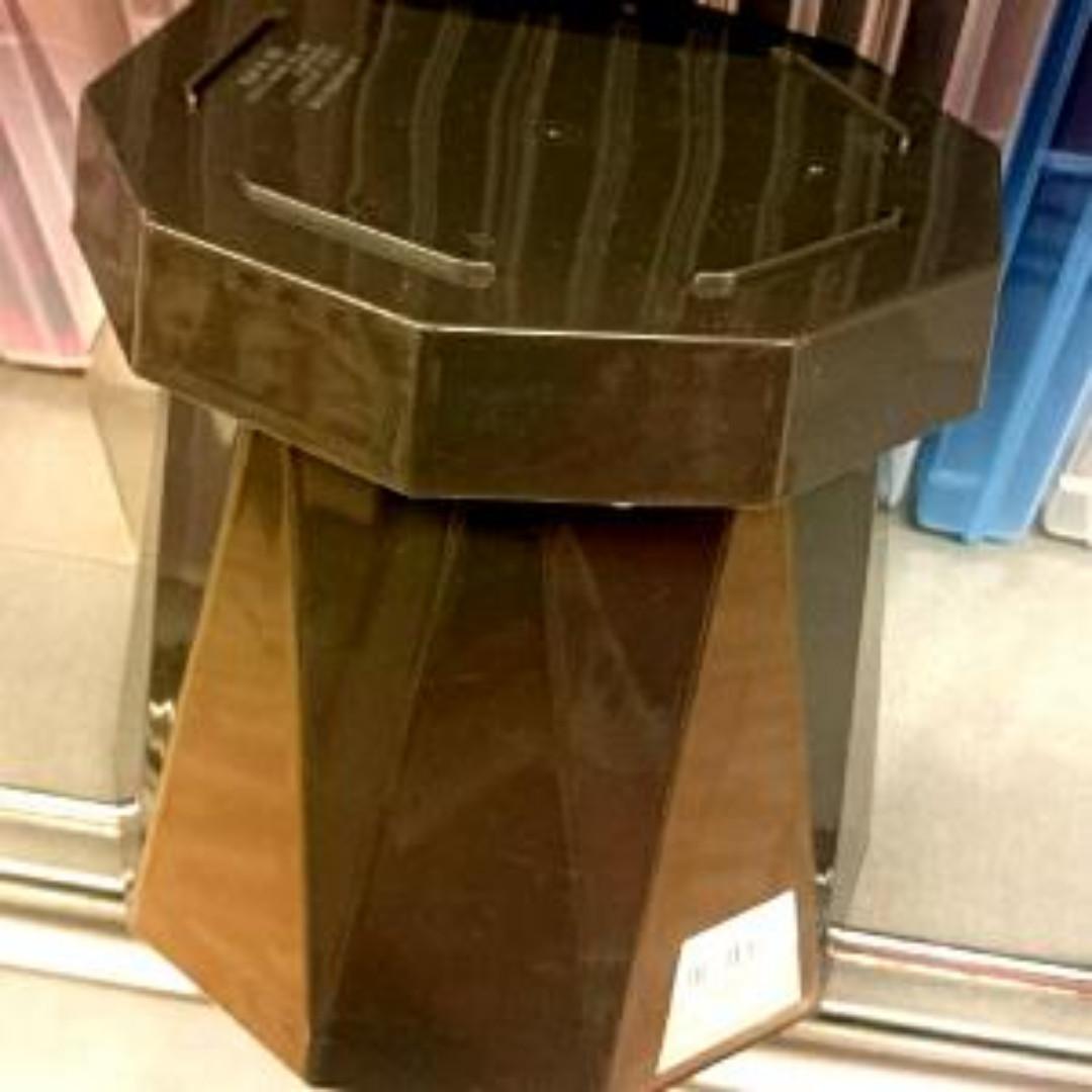 Pot Tanaman murah Plastik Design Lux Import Dari Jepang