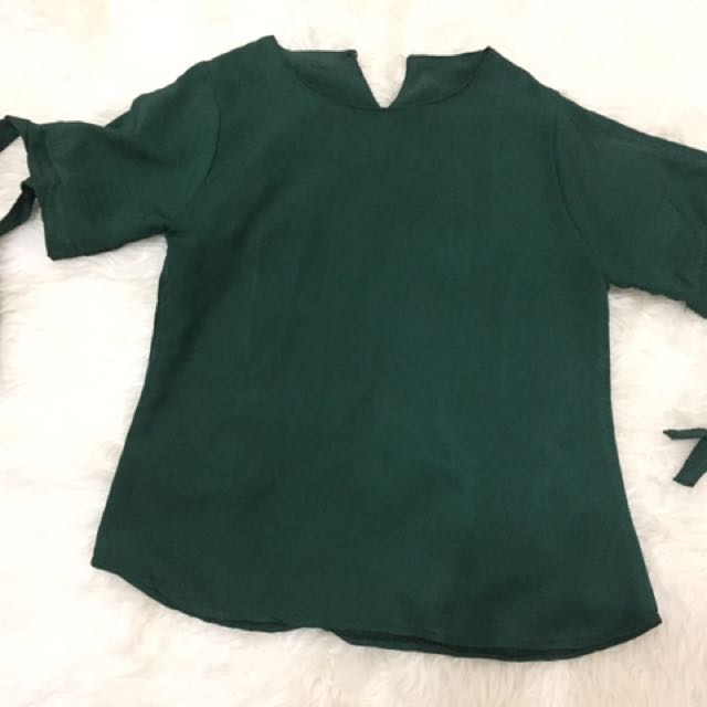 Preloved baju hijau lumut