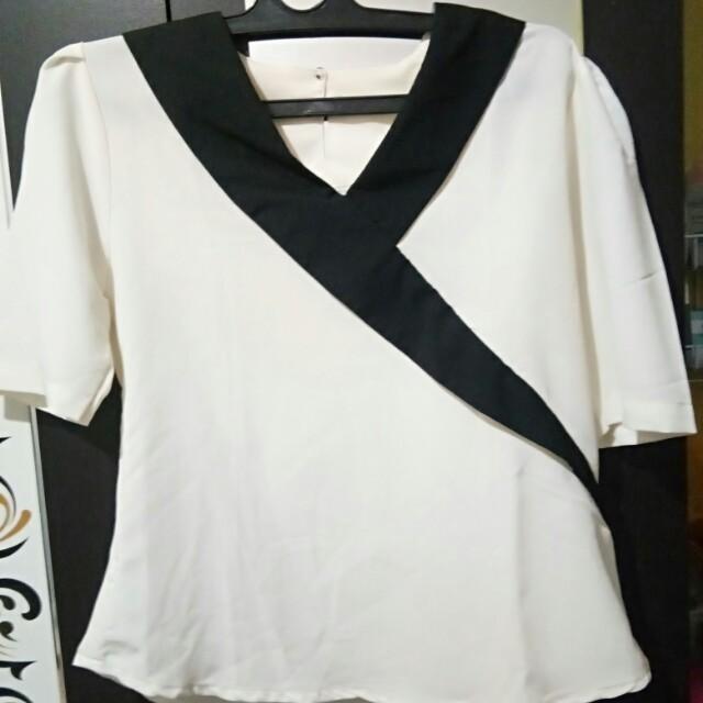 Preloved woman blouse