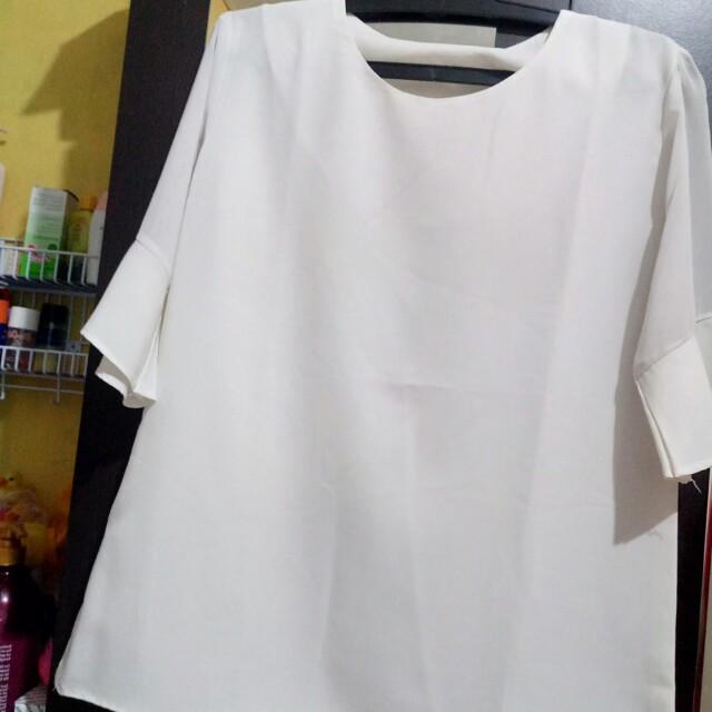 Preloved women blouse white