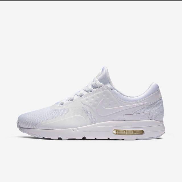*PRICE LOWERED* BNWT Men's Nike Air Max Zero (Size 8)