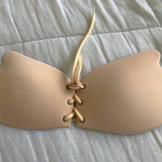 Stay-Up Strapless Extreme Lift Bra - Beige