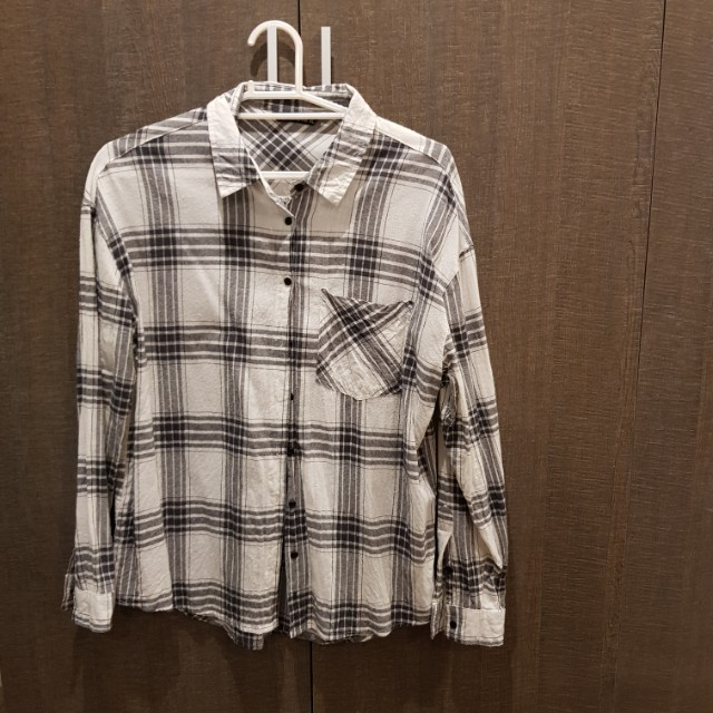 Terranova Plaid Button Down Shirt