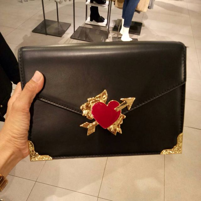 Zara Heart Chain Slingbag