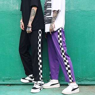 [PO] Outline Checkered Joggers