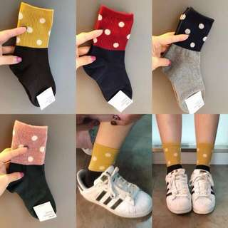 全新韓國製」可愛點點拼接保暖棉襪 正韓