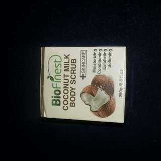 BNIB BioFinest COCONUT MILK BODY SCRUB