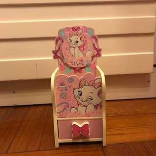 Disney Marie Accessories box