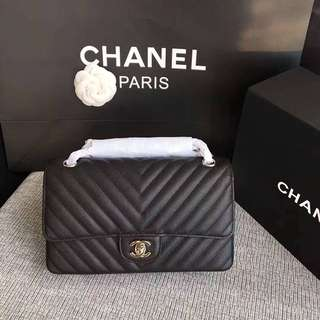 Chanel V紋款