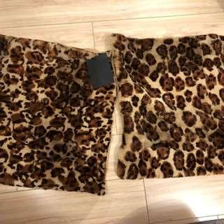 兩個軟毛豹紋cushion套