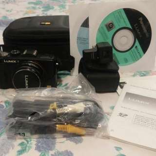 Panasonic Lumix LX5 Digital Camera in Great Condition!