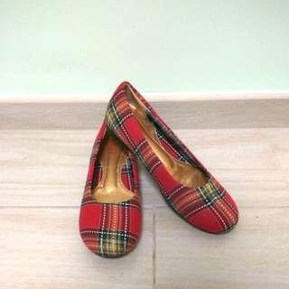 🚚 全新✨韓國購入文青紅格平底鞋(厚墊)
