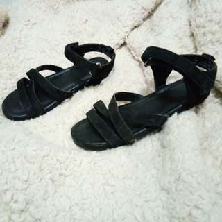 Black Sandal and Boots for kids