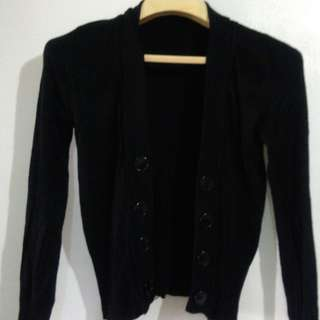 Black Knitted Cropped Cardigan