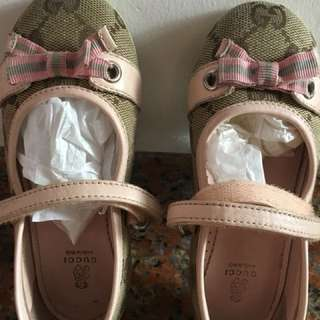 Authentic Gucci Shoe with box ( Size 25 )