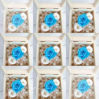 Real Preserved Flower Glass Wooden Box - Tiffany Blue/White Roses