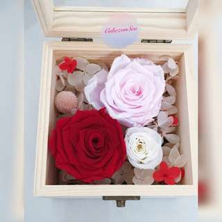 Real Preserved Flower Glass Wooden Box - Red/Pink/White Roses Combi
