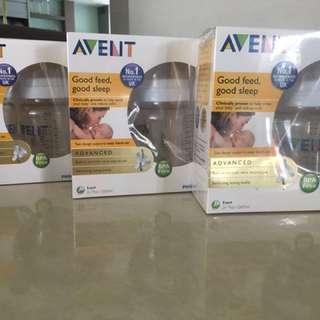 Brand New Avent milk bottles 6pcs /260ml