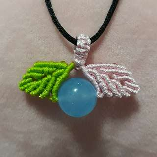 🐳 Blue Chalcedony pendant(蓝玉髓吊坠) set in Macrame. Bead size 14mm.