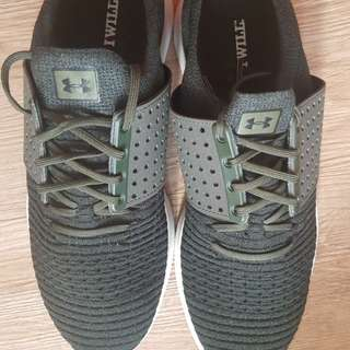 Underarmour Running Shoes