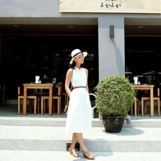 (XS) All Would Envy : White Midi Dress