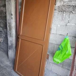 Door With Hinge ( Bisagra)