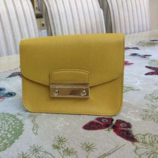 Furla - small cross body bag with gold shoulder chain. 14cm wide, 18 cm high