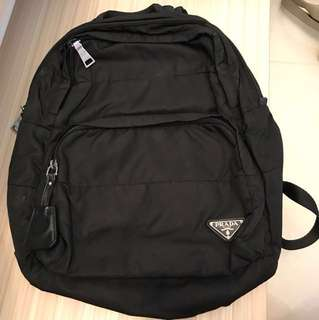 Prada black backpack 黑色背包 (Authentic & 60% New)