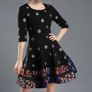 European Fashion Scoop Neck Floral Embroidered Mid-Sleeve Dress - ON/HYC120516