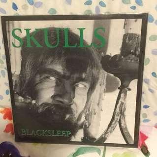 "Skulls - 7"" vinyl record single - underground punk metal USA"
