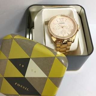 FOSSIL WATCH (Complete with book and box)