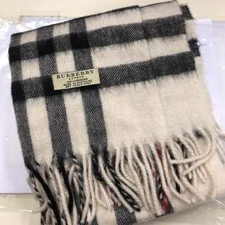 Burberry Cashmere 頸巾