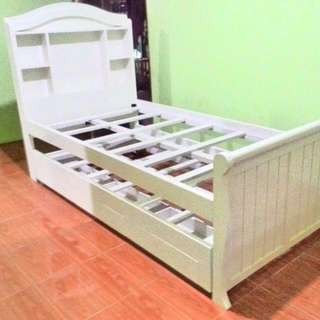 Dipan Double Bed With Drawer