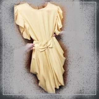 🚚 *孟波拉小姐的七〇年代衣櫥*浪漫復古風波浪裙洋裝/連身裙