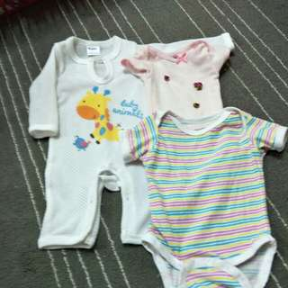Set of 3 baby girl clothing