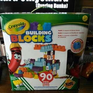 Crayolo building blocks 90 pieces